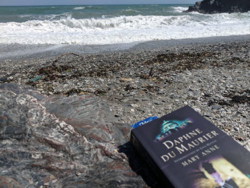 Cornwall beach read